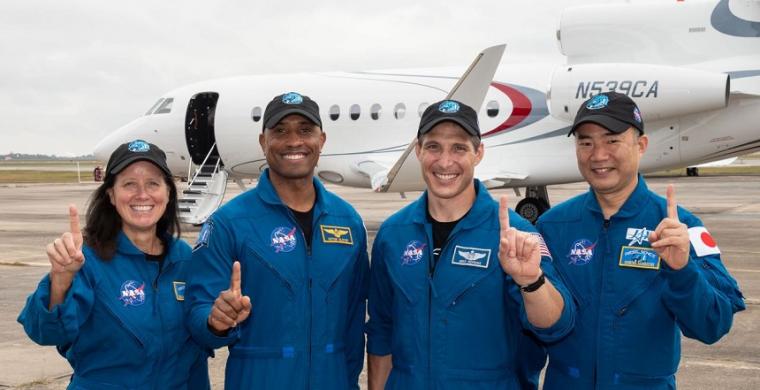 Photo of NASA/SpaceX Crew courtesy of NASA